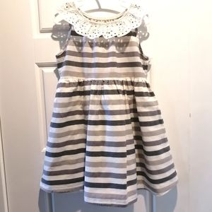 3/$40 - Girl's Dress - Size 5